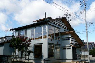 風と光と土間のある家
