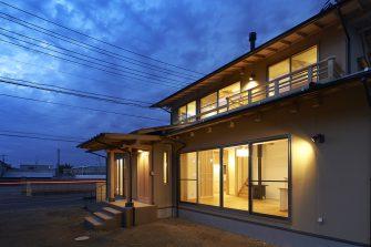 風流感じる木組みの家