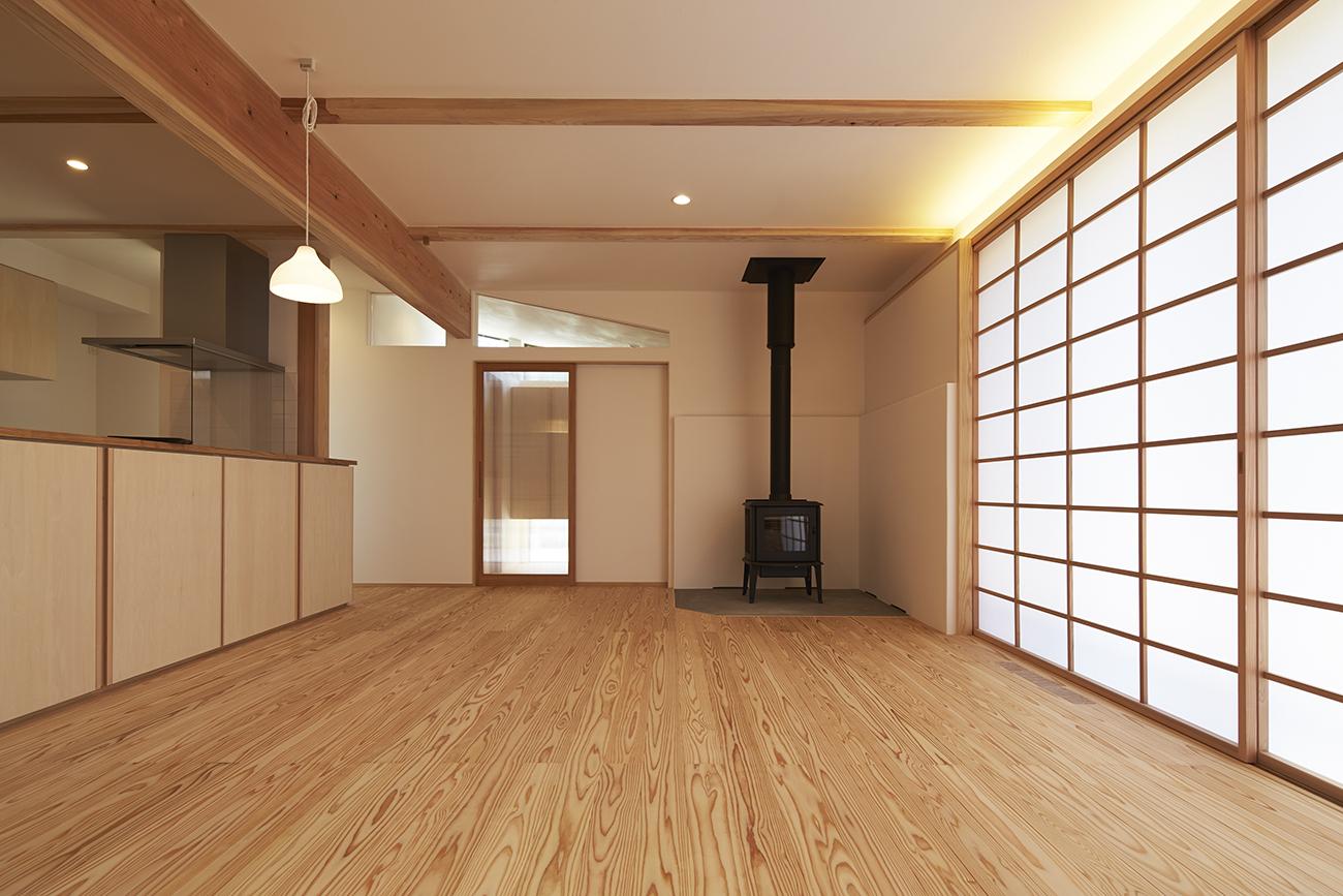 暮らし整う柾目の家